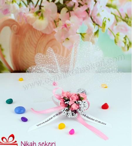 Beyaz Tüllü Çiçekli Nikah Şekeri CC74