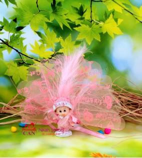 Şapkalı Küçük Kız Bebek